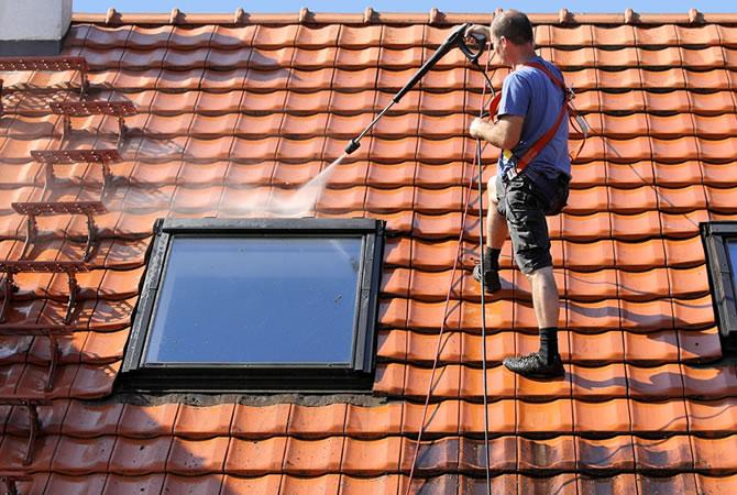 Pannendak renoveren dakpannen herstellen prijs per m² soorten